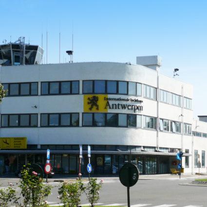 deurne leeft luchthaven deurne tui fly records