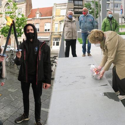 deurne leeft fakkelloop gedeporteerde burgemeester wim saerensplein