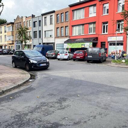 deurne leeft bakker dubbel parkeren foutparkeren boete politie antwerpen